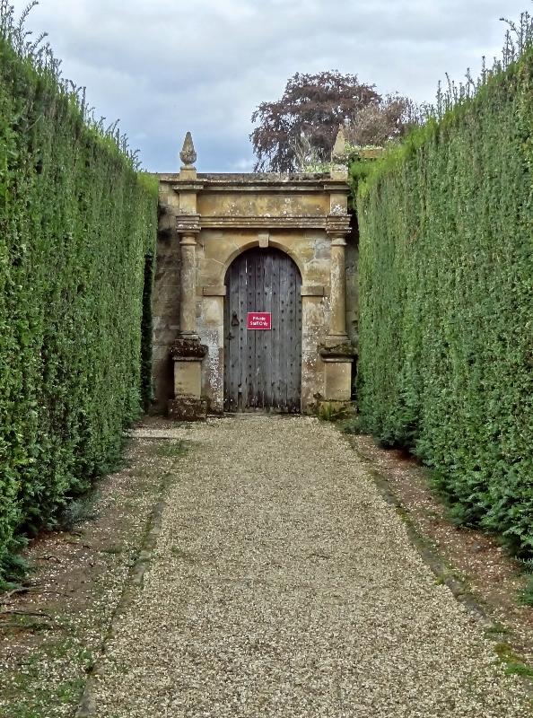 sudeley-private-gate-6555-594x800